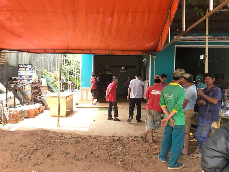 Chủ cửa hàng vật liệu xây dựng bị đâm chết tại cửa hàng Ảnh 2