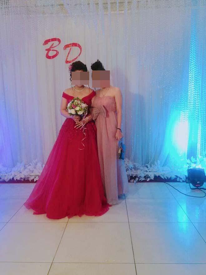Dàn gái xinh ăn mặc lồng lộn đi đám cưới gây tranh cãi Ảnh 3