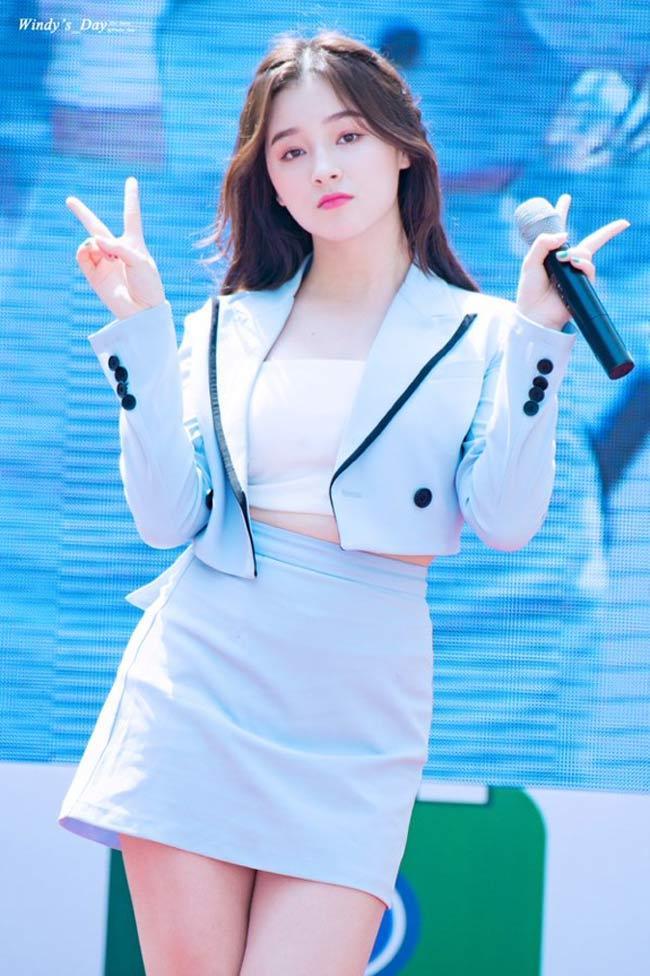 'Thần Vệ Nữ béo Hàn Quốc' bị la ó kịch liệt vì sở thích quần ngắn cũn cỡn Ảnh 15