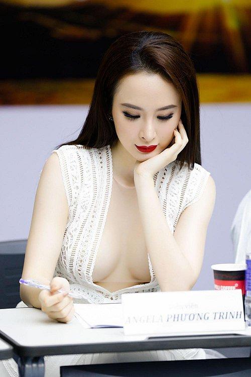 Chi Pu 'thả rông' vòng một xuống phố - nóng hơn cả trời Sài Gòn vượt ngưỡng Ảnh 14