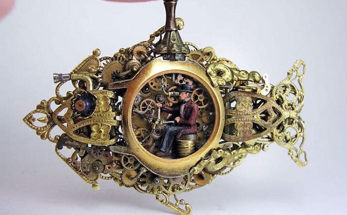 Người nghệ sĩ và 'thế giới tí hon' trong những chiếc đồng hồ đã hỏng Ảnh 4