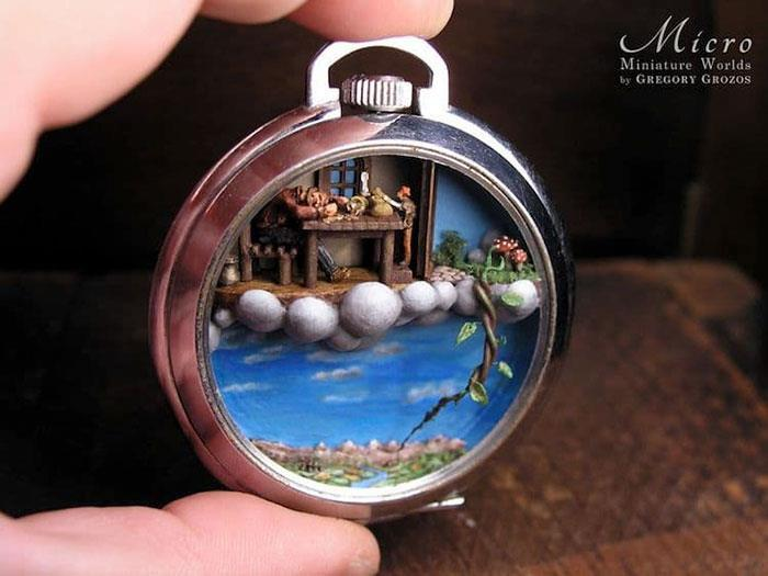 Người nghệ sĩ và 'thế giới tí hon' trong những chiếc đồng hồ đã hỏng Ảnh 12