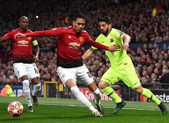 Barcelona phá vỡ 'lời nguyền', Ronaldo ghi bàn quý giá Ảnh 3