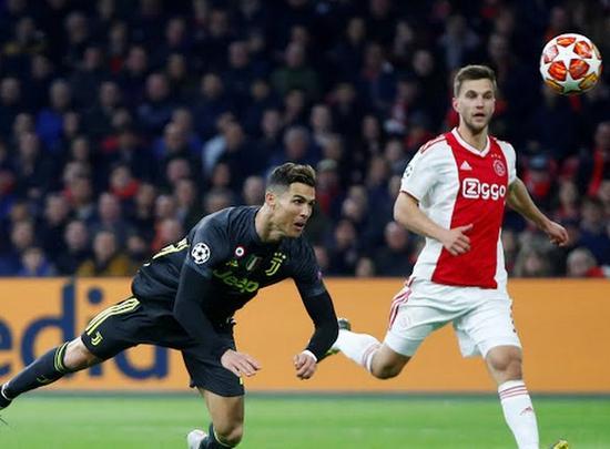 Barcelona phá vỡ 'lời nguyền', Ronaldo ghi bàn quý giá Ảnh 4