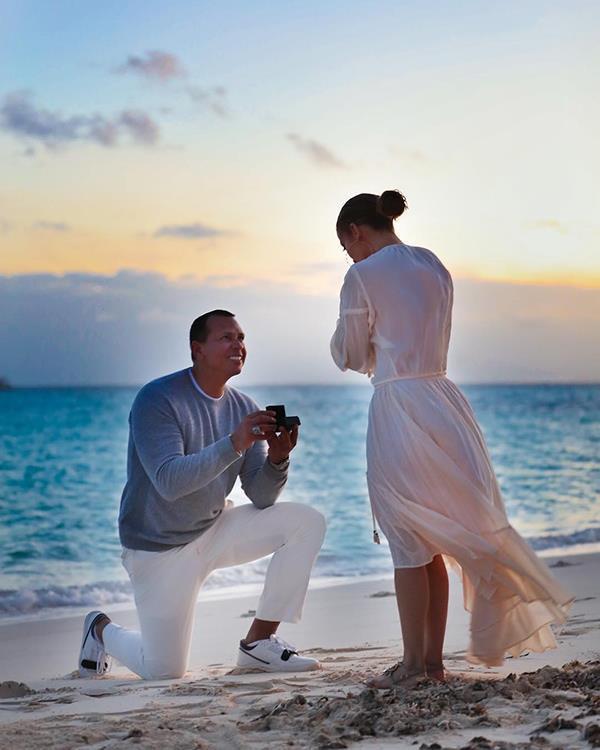 Justin Bieber tặng Hailey nhẫn đính hôn hơn 11 tỷ đồng Ảnh 17