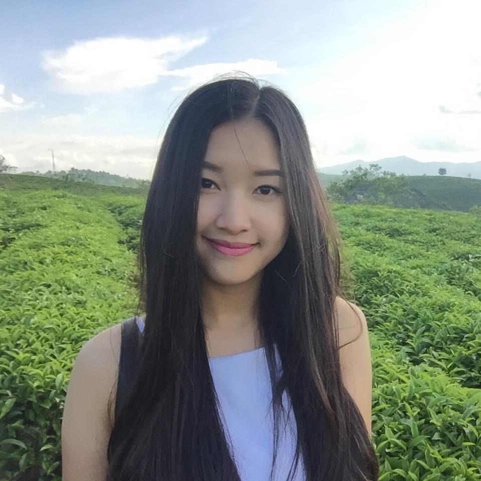 Các cô gái Huế xinh đẹp, sang chảnh toàn Á hậu, người mẫu nổi tiếng Ảnh 4