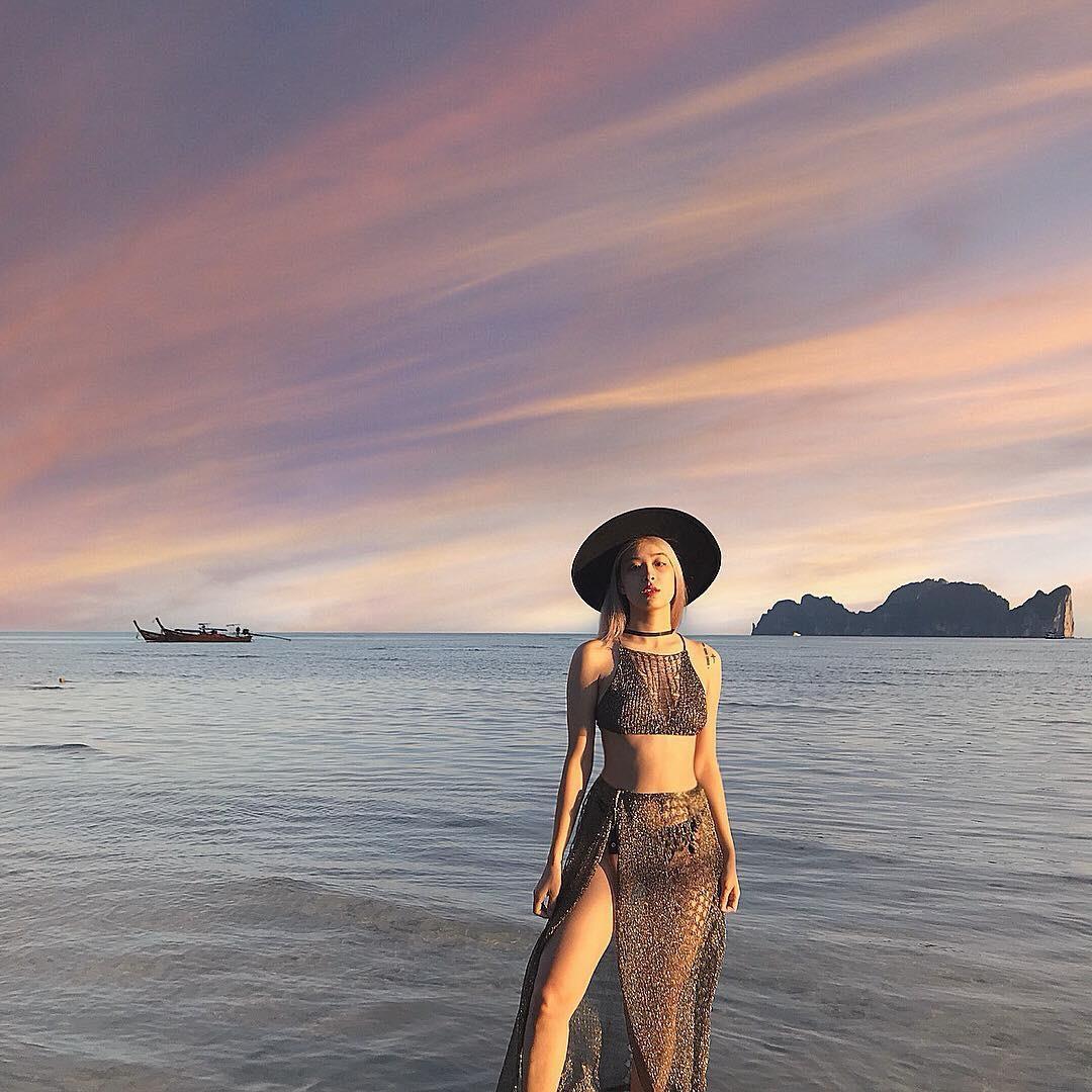 Các cô gái Huế xinh đẹp, sang chảnh toàn Á hậu, người mẫu nổi tiếng Ảnh 9