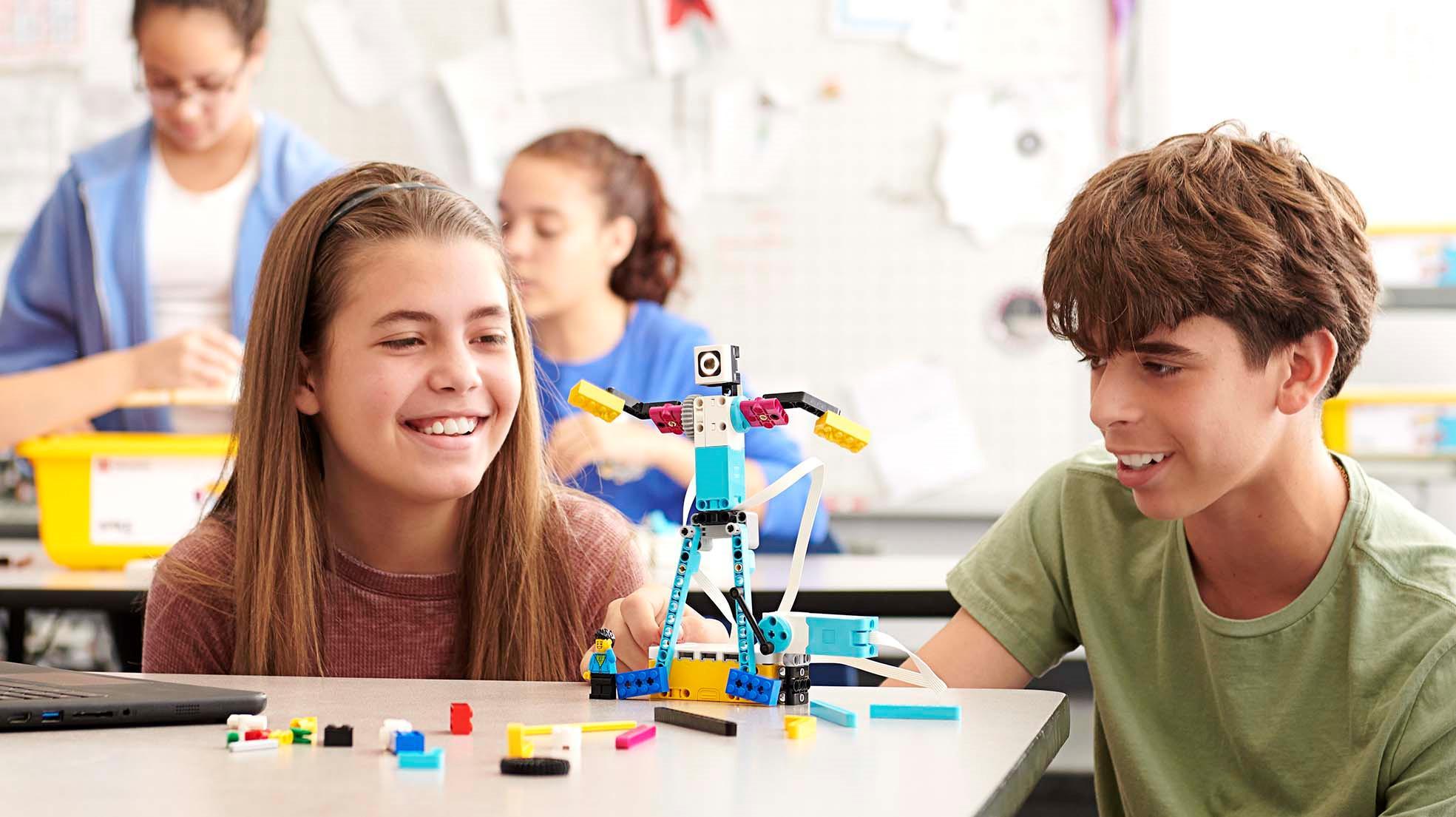 Lego hướng tới lớp học hiện đại Ảnh 1