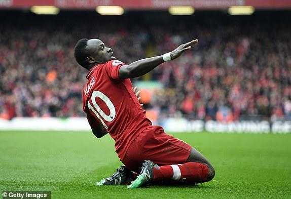 Salah ghi siêu phẩm hạ Chelsea, Liverpool quyết đua vô địch với Man City Ảnh 1