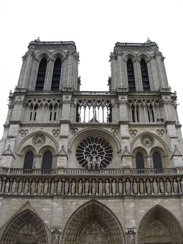 Nhà thờ Đức Bà Paris ở Pháp: 7 điều bí ẩn bạn có thể chưa biết Ảnh 3