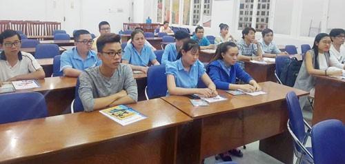 Đào tạo ngoại ngữ, kỹ năng miễn phí cho công nhân Ảnh 1