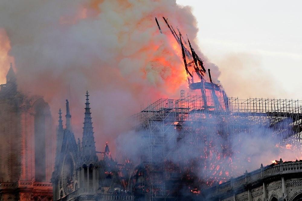 Vụ cháy Nhà thờ Đức Bà Paris: Pháp công bố thiệt hại ban đầu Ảnh 2