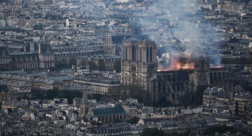 Vụ cháy Nhà thờ Đức Bà Paris: Pháp công bố thiệt hại ban đầu Ảnh 1