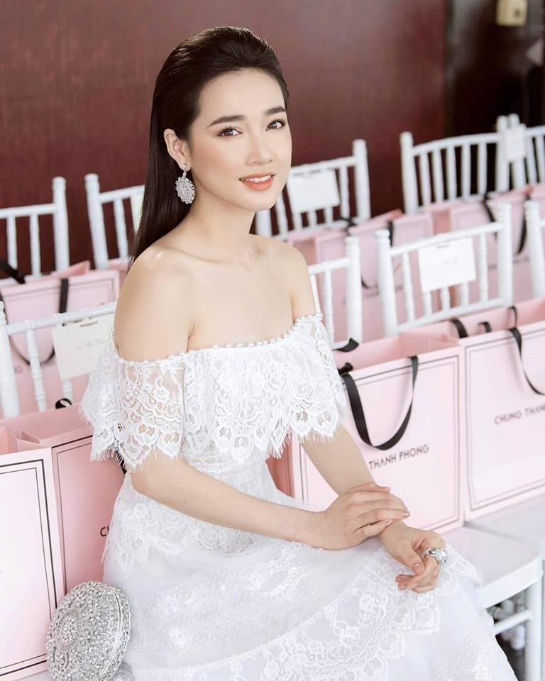 Nhã Phương ngày càng đẹp mặn mà sau kết hôn Ảnh 7