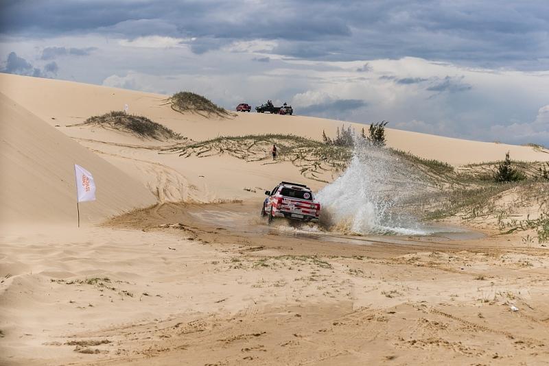 Tay đua nổi tiếng Siong Loo: Sa mạc cát Mũi Dinh quá đặc biệt để thiết kế đường đua… Ảnh 2