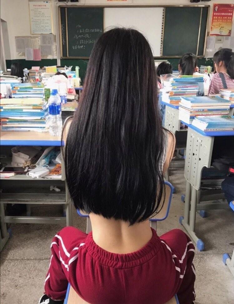 Mặc áo ngắn cũn cỡn, nhóm nữ sinh khiến ai nhìn cũng ngán ngẩm với kiểu 'thời trang phang trường học' Ảnh 5