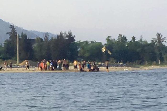 Hai thanh niên cứu sống 5 em nhỏ bị đuối nước Ảnh 1