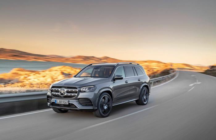 Mercedes-Benz GLS 2020 - đối thủ của BMW X7 'chốt' giá bán từ 2,2 tỷ đồng Ảnh 1