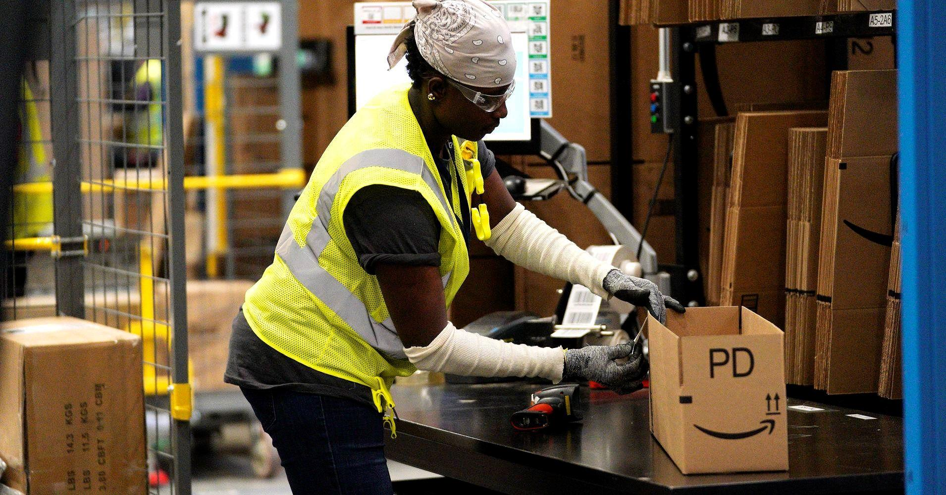 Đội ngũ robot mới của Amazon có thể sẽ cướp hết việc làm của người giao hàng? Ảnh 3