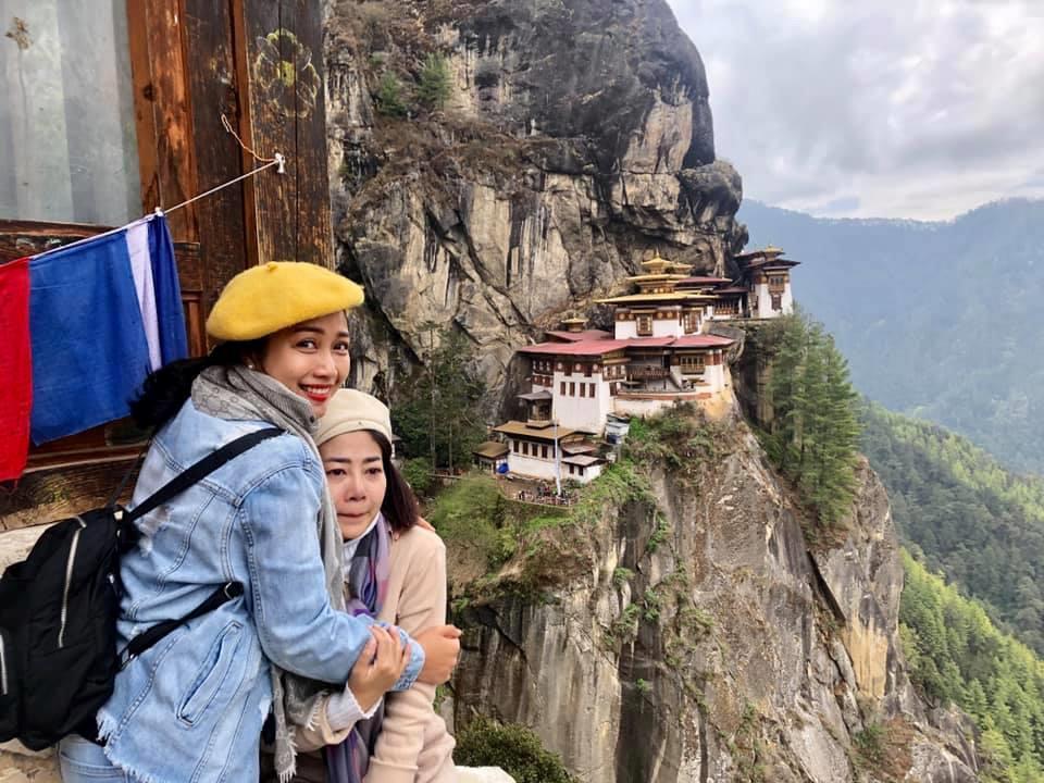 Mai Phương bị ung thư vẫn chinh phục đỉnh núi cao 3.000 m ở Bhutan Ảnh 1
