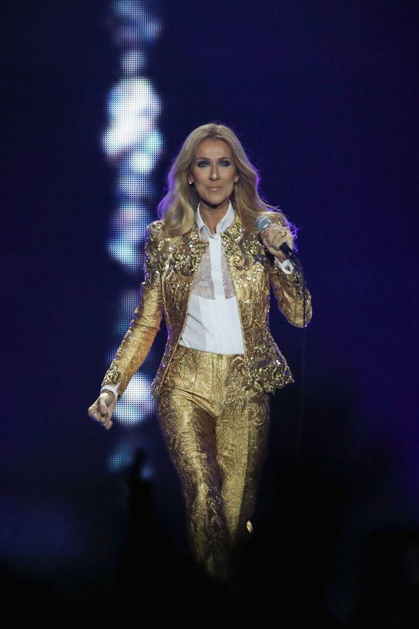 Dù là ngưỡng mộ hay tranh cãi, không ai có thể phủ nhận phong cách thời trang độc nhất của Celine Dion Ảnh 31