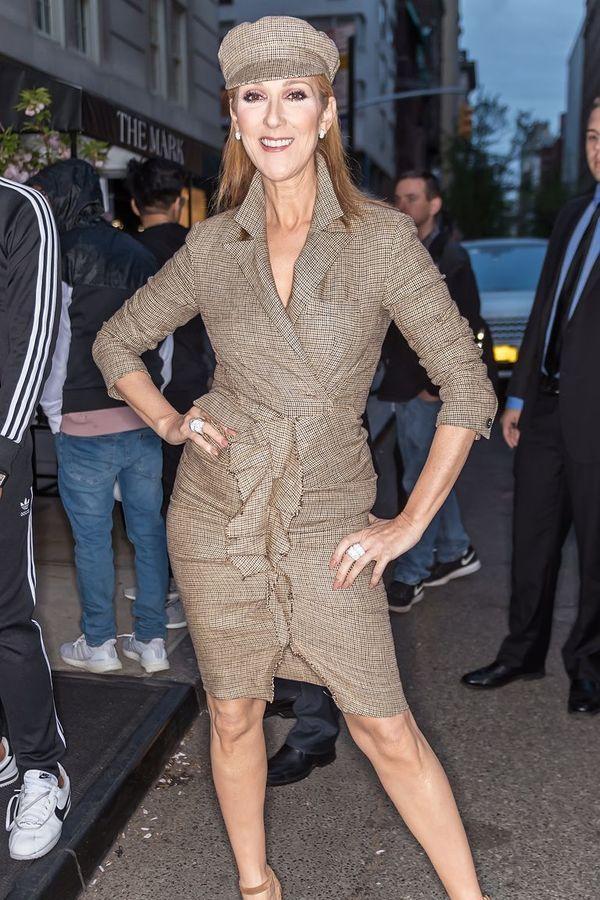 Dù là ngưỡng mộ hay tranh cãi, không ai có thể phủ nhận phong cách thời trang độc nhất của Celine Dion Ảnh 11