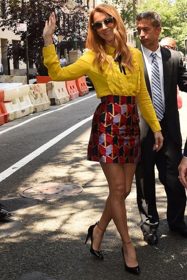 Dù là ngưỡng mộ hay tranh cãi, không ai có thể phủ nhận phong cách thời trang độc nhất của Celine Dion Ảnh 9