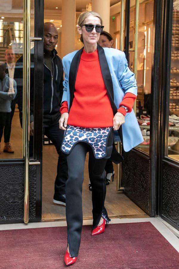 Dù là ngưỡng mộ hay tranh cãi, không ai có thể phủ nhận phong cách thời trang độc nhất của Celine Dion Ảnh 38