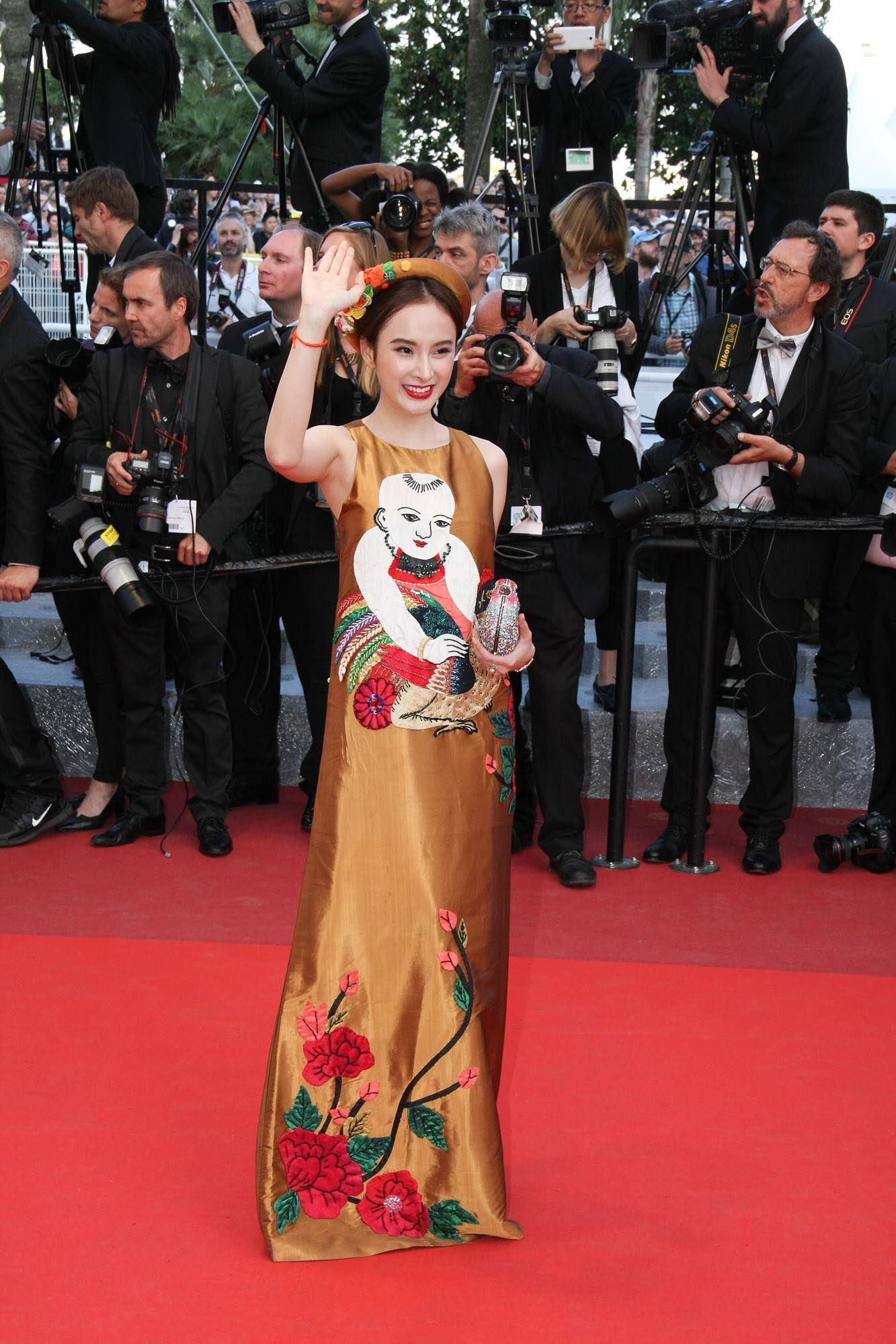 Những sao Việt nào từng khoe dáng gợi cảm ở LHP Cannes? Ảnh 15