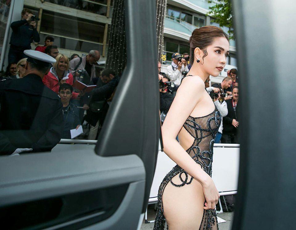 Những sao Việt nào từng khoe dáng gợi cảm ở LHP Cannes? Ảnh 3