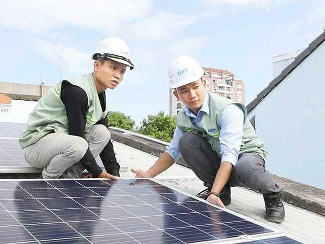 Xu hướng mới: Kinh doanh từ điện mặt trời áp mái Ảnh 1