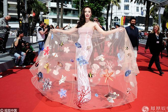 3 mỹ nhân không cần hở bạo vẫn thu hút ánh nhìn trên thảm đỏ LHP Cannes Ảnh 12