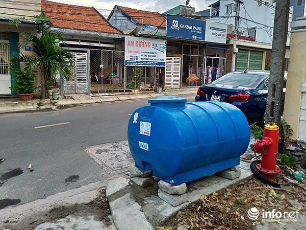 Đà Nẵng: Đặt 17 bồn chứa để người dân lấy nước sinh hoạt... tạm thời Ảnh 1