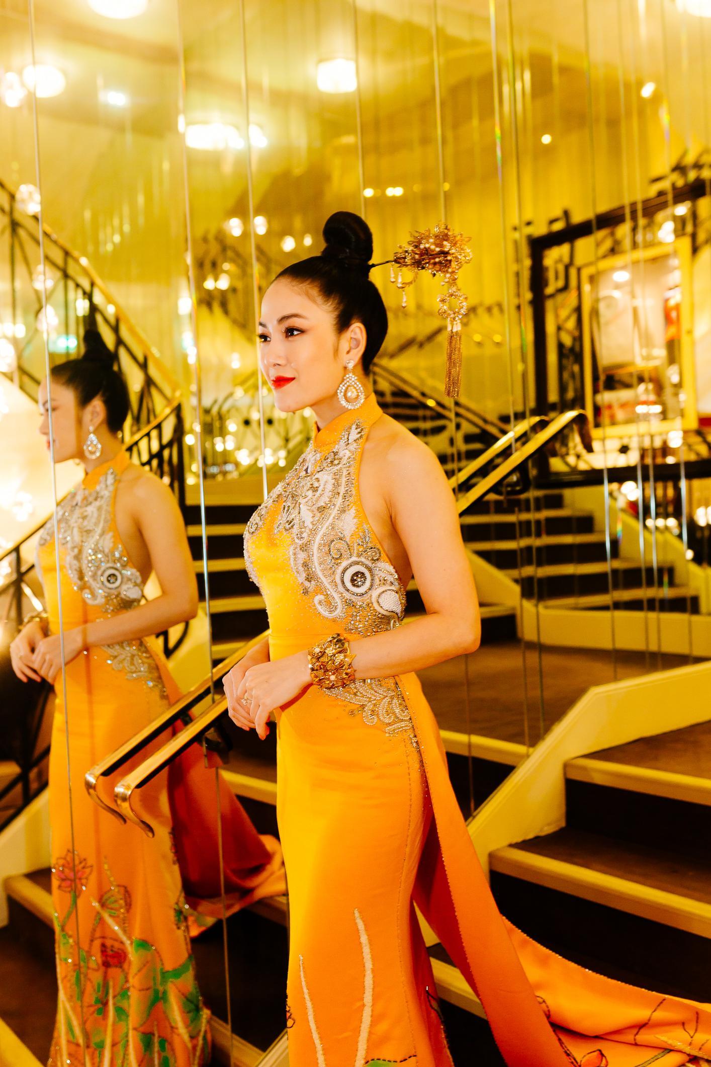 Sau Ngọc Trinh, thêm một người đẹp Việt 'náo loạn' thảm đỏ Cannes 2019 Ảnh 5