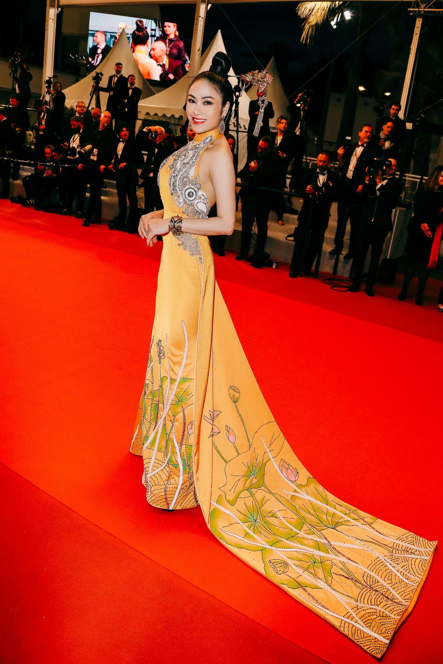 Sau Ngọc Trinh, thêm một người đẹp Việt 'náo loạn' thảm đỏ Cannes 2019 Ảnh 2