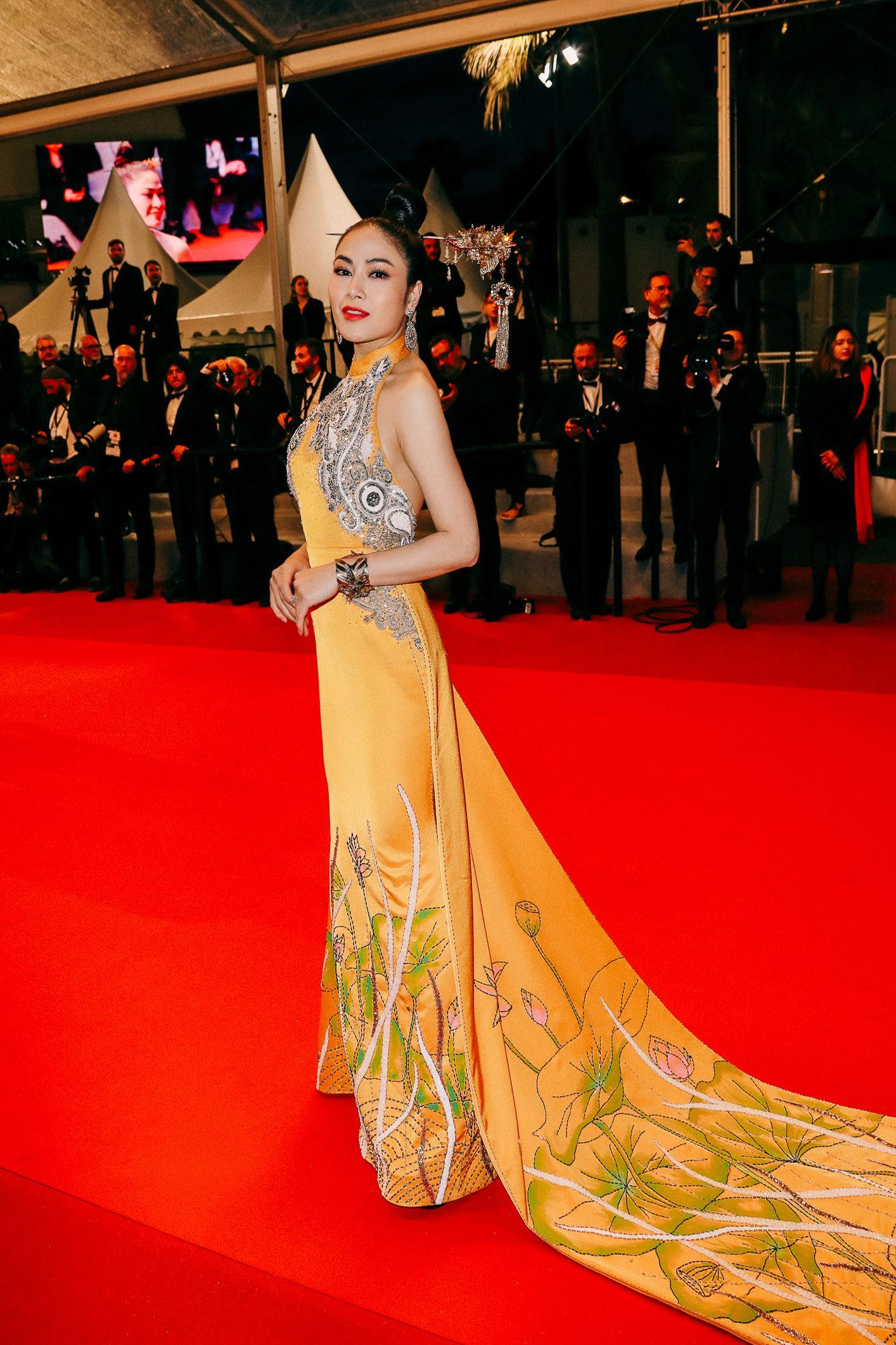 Sau Ngọc Trinh, thêm một người đẹp Việt 'náo loạn' thảm đỏ Cannes 2019 Ảnh 1