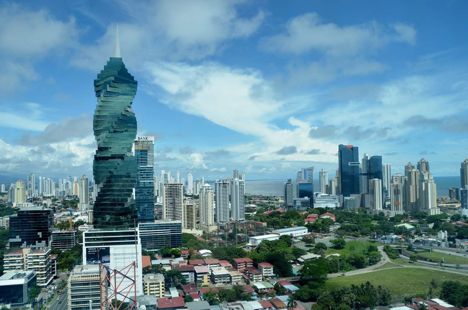 10 tòa tháp xoắn ốc đẹp ấn tượng thế giới Ảnh 2