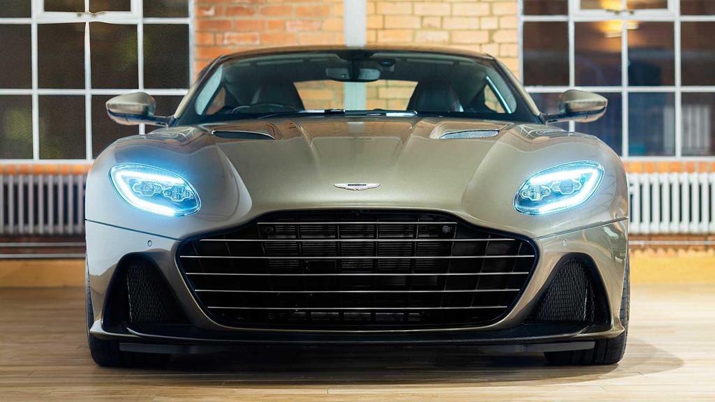 Aston Martin DB5 Superleggera phiên bản James Bond Ảnh 2