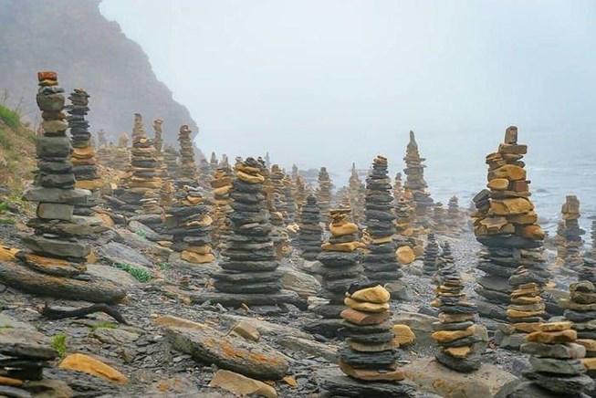 Bãi đá Stonehenge ở Nga nhìn như ở hành tinh khác Ảnh 1