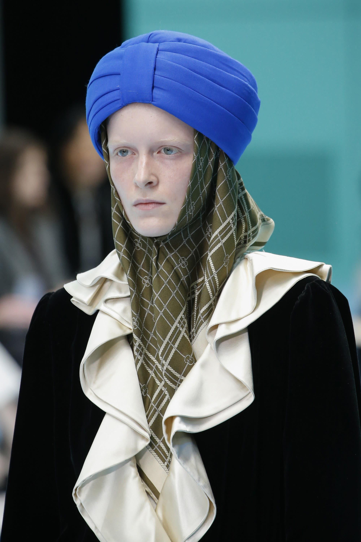 Gucci bị chỉ trích xúc phạm tôn giáo vì chiếc mũ gần 20 triệu đồng Ảnh 1