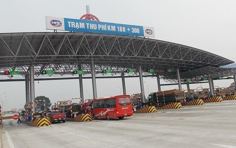 Trạm BOT Pháp Vân - Cầu Giẽ tắc kéo dài trước giờ 'bị dừng' thu phí Ảnh 12