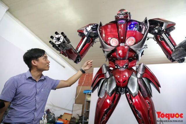 Chiêm ngưỡng Robot 'Siêu to, khổng lồ' được chế tạo từ rác thải nhựa Ảnh 3