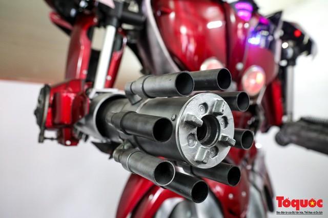 Chiêm ngưỡng Robot 'Siêu to, khổng lồ' được chế tạo từ rác thải nhựa Ảnh 7