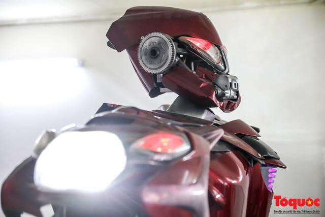 Chiêm ngưỡng Robot 'Siêu to, khổng lồ' được chế tạo từ rác thải nhựa Ảnh 13