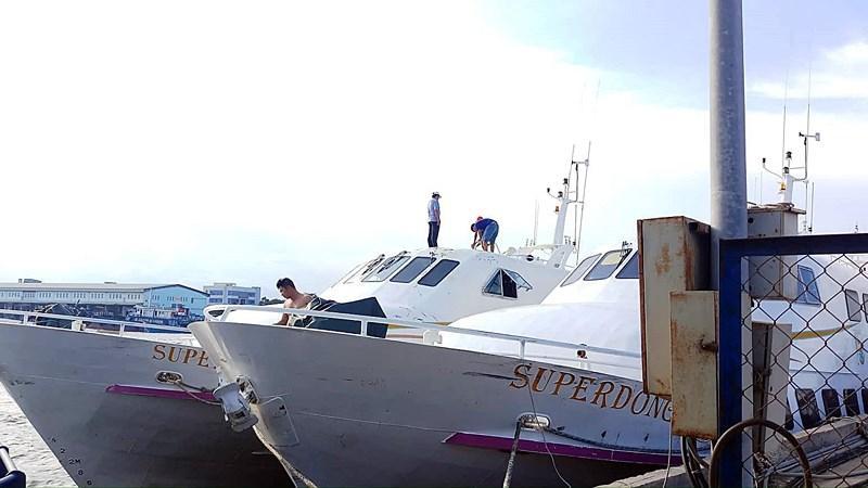 Cần cẩu sập, đè tàu cao tốc Superdong mới đóng 2 triệu USD Ảnh 4
