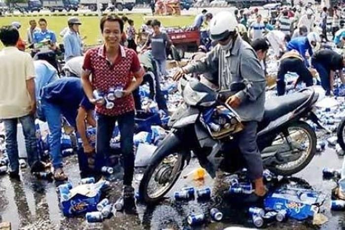 Những vụ 'hôi của' đáng xấu hổ của người Việt Ảnh 6