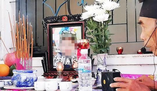 Bé 15 tháng tuổi tử vong bất thường sau khi gửi tại nhà trẻ tự phát