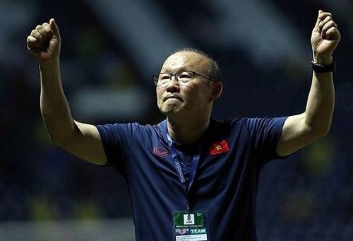 Phát biểu đầy bất ngờ của HLV Park Hang Seo về bản hợp đồng với bóng đá Việt Nam Ảnh 1