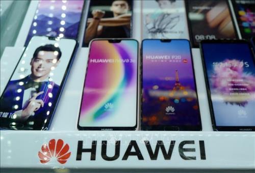 Huawei chuẩn bị cho tình huống lượng điện thoại thông minh xuất xưởng toàn cầu giảm 40-60% Ảnh 1