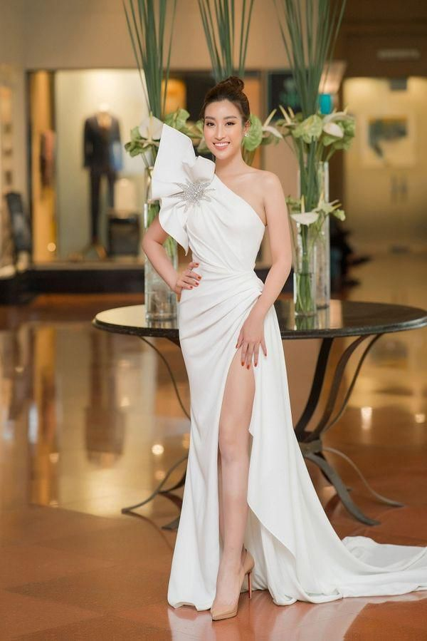 Ngạc nhiên chưa, Hoa hậu Đỗ Mỹ Linh thăng hạng nhan sắc sau thời gian lăn lộn ghi hình chương trình thực tế Ảnh 2